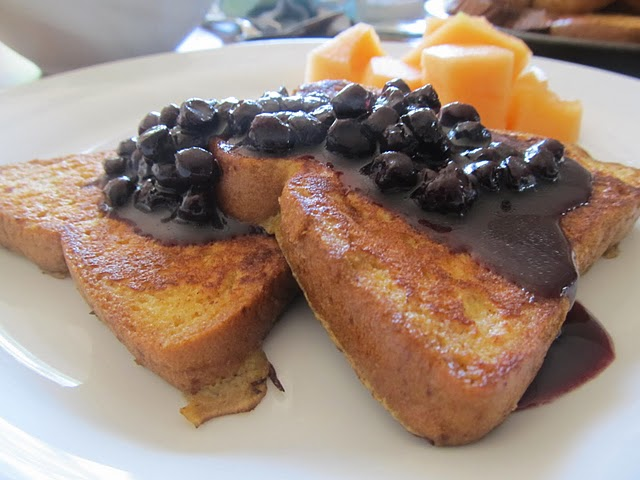 French Toast, How to Use Up All Those Summer Berries! | Paleo Parents
