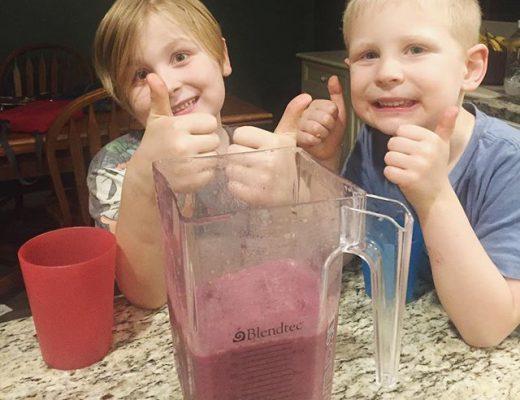 boys-making-smoothie.jpg