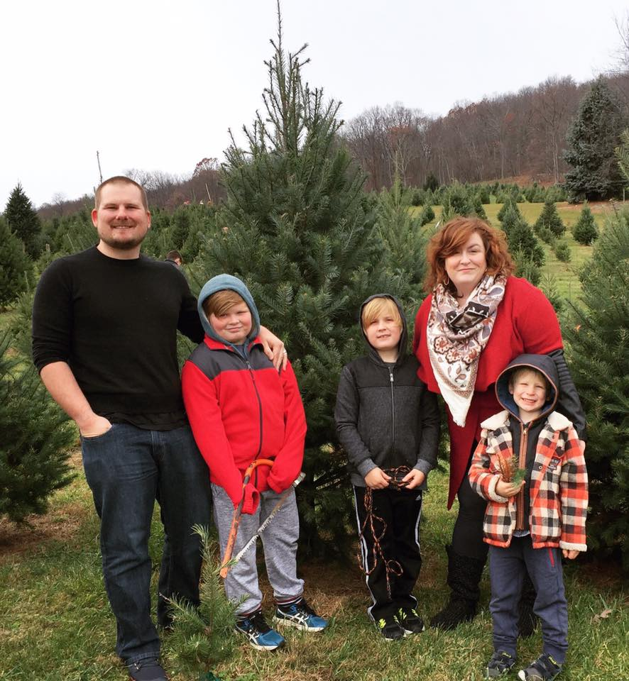 dec-family-tree-on-real-everything