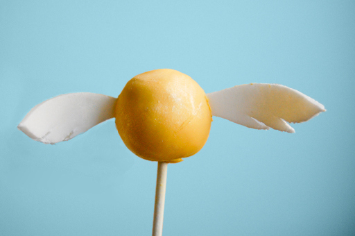 golden-snitch-cake-pops-on-real-everything